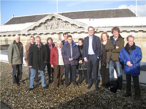 IBL medewerkers op het dak van Bibliotheek Utrecht